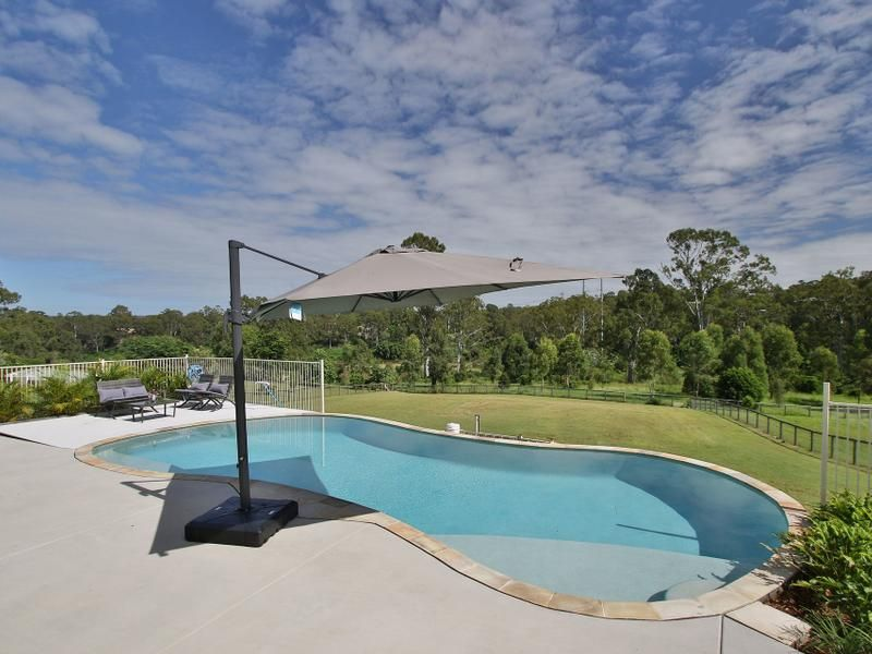 54 Waterfront Place, Karalee QLD 4306, Image 2