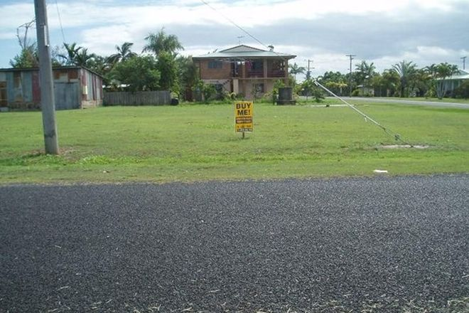 Picture of 10 Maria Street, KURRIMINE BEACH QLD 4871
