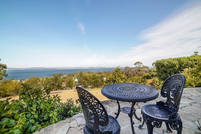 Picture of 10 Coolamon Road, TAROONA TAS 7053