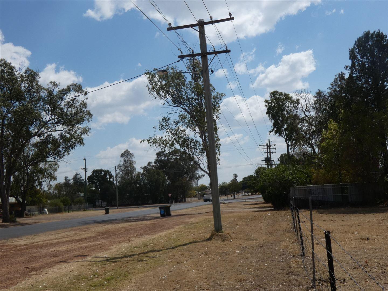 53 Windmill Road, Chinchilla QLD 4413, Image 2