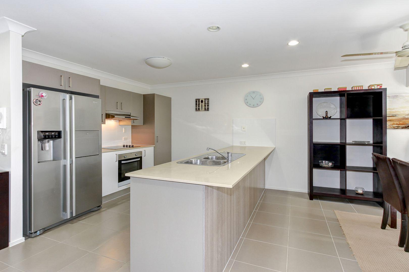 141/230 Pulgul Street, Urangan QLD 4655, Image 2