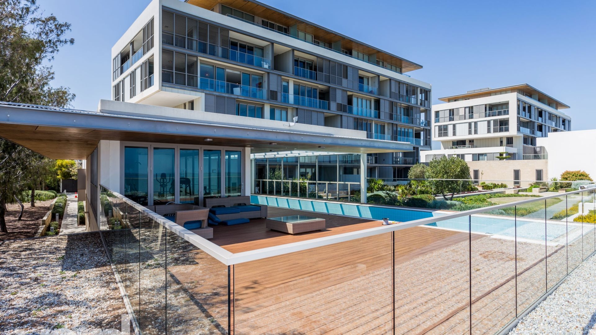 25/23 Ocean Drive, North Coogee WA 6163, Image 1