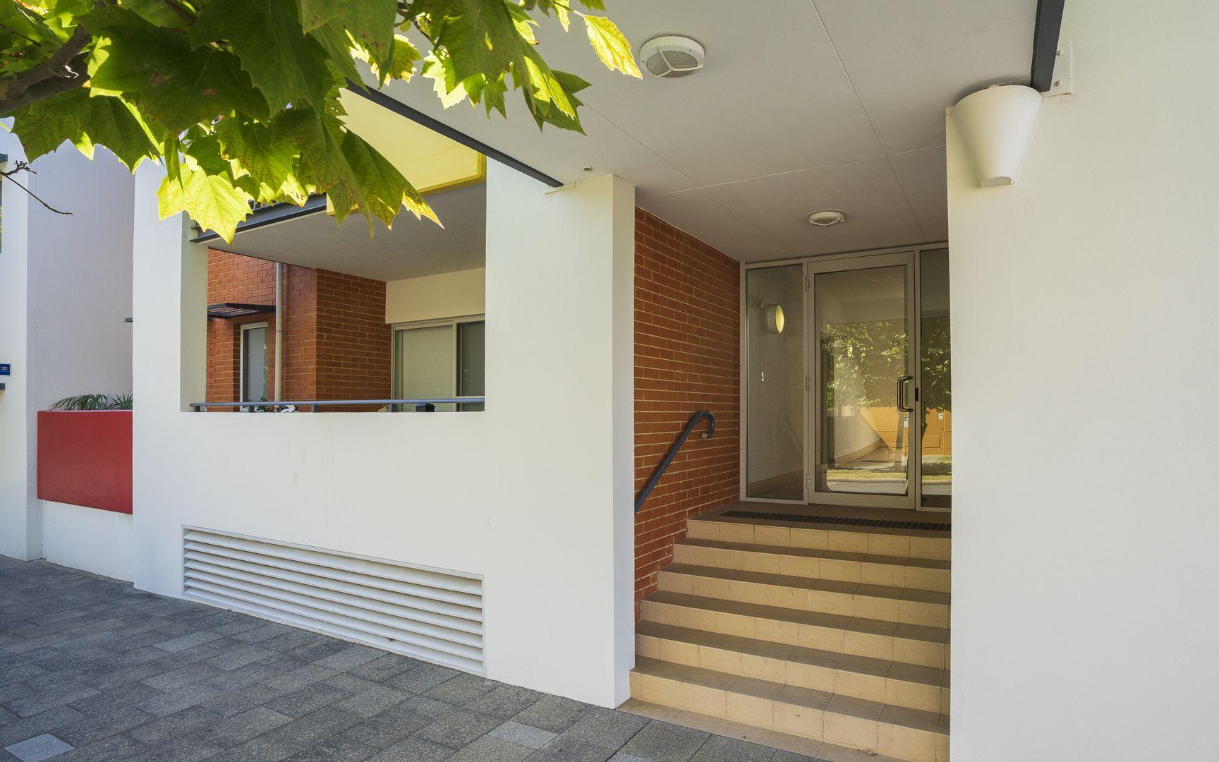4/32 Fielder Street, East Perth WA 6004, Image 2