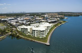 Picture of 5/1 Moores Crescent, Varsity Lakes QLD 4227