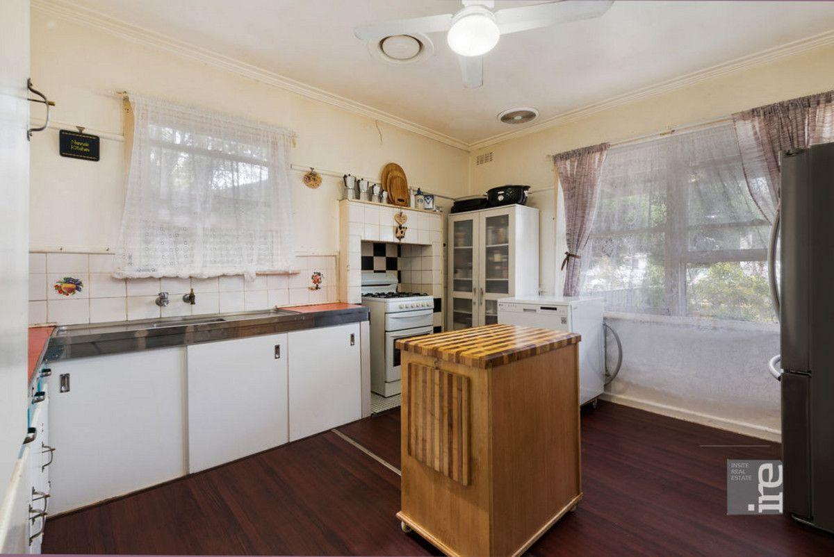 4 Batchelor Crescent, Wangaratta VIC 3677, Image 2