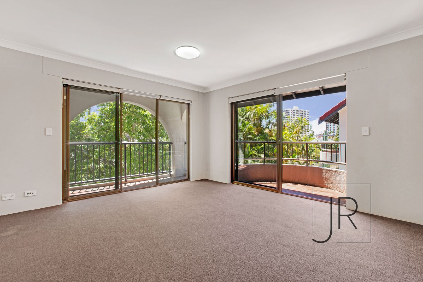 6/22 Beach Parade, Surfers Paradise QLD 4217, Image 2