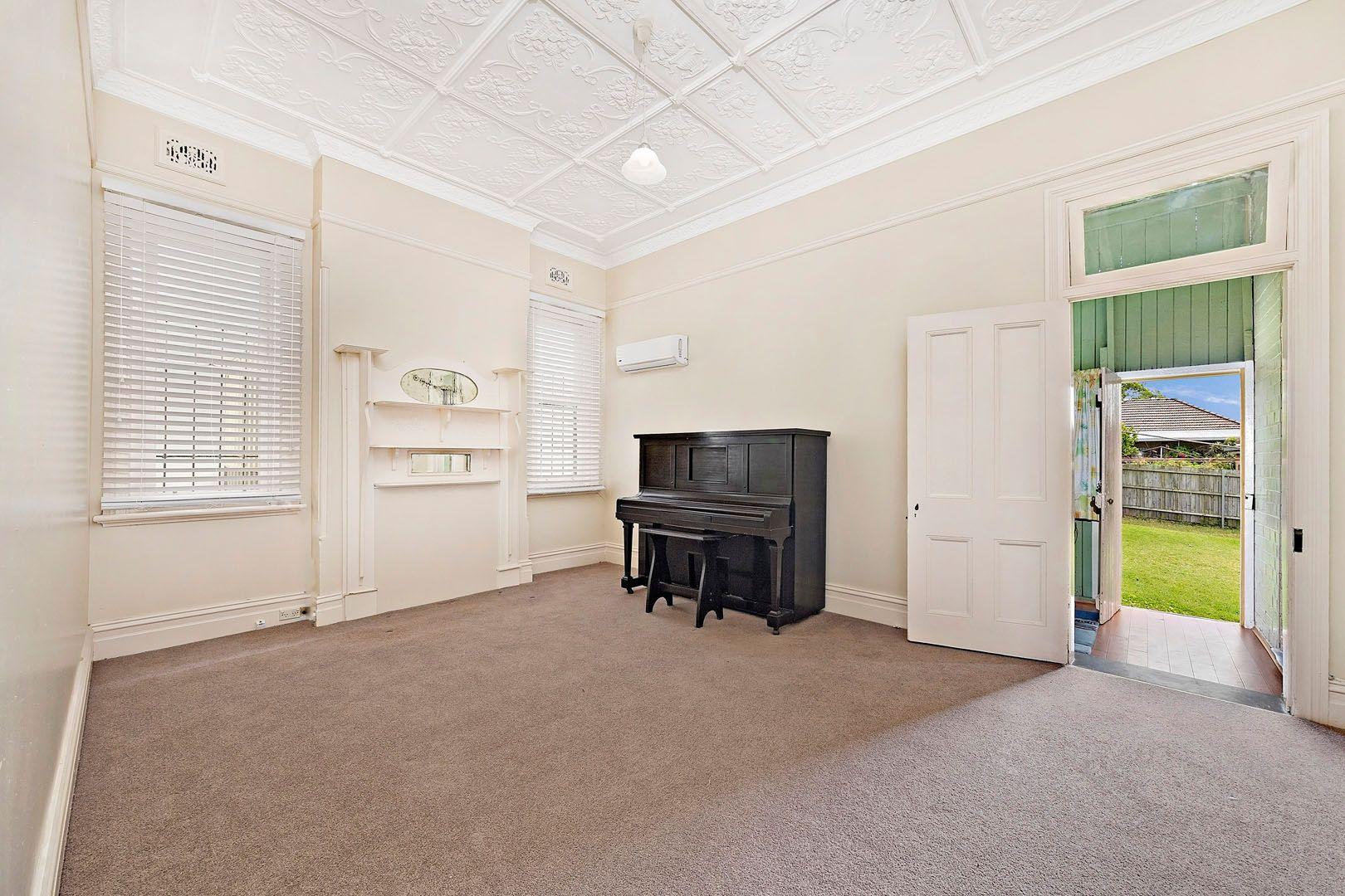 3 Canterton Street, Hurlstone Park NSW 2193, Image 2