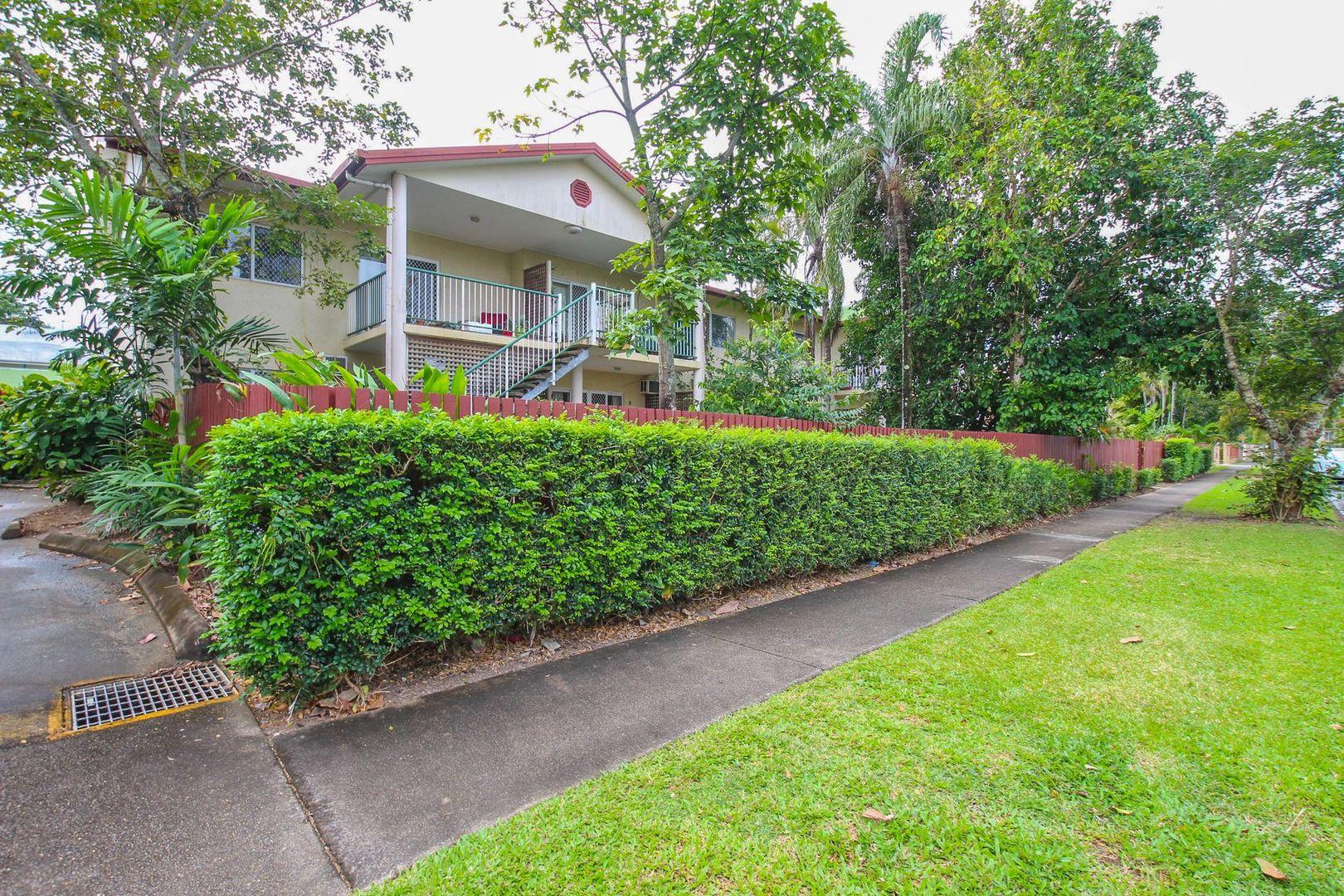 10/8 Grantala Street, Manoora QLD 4870, Image 1