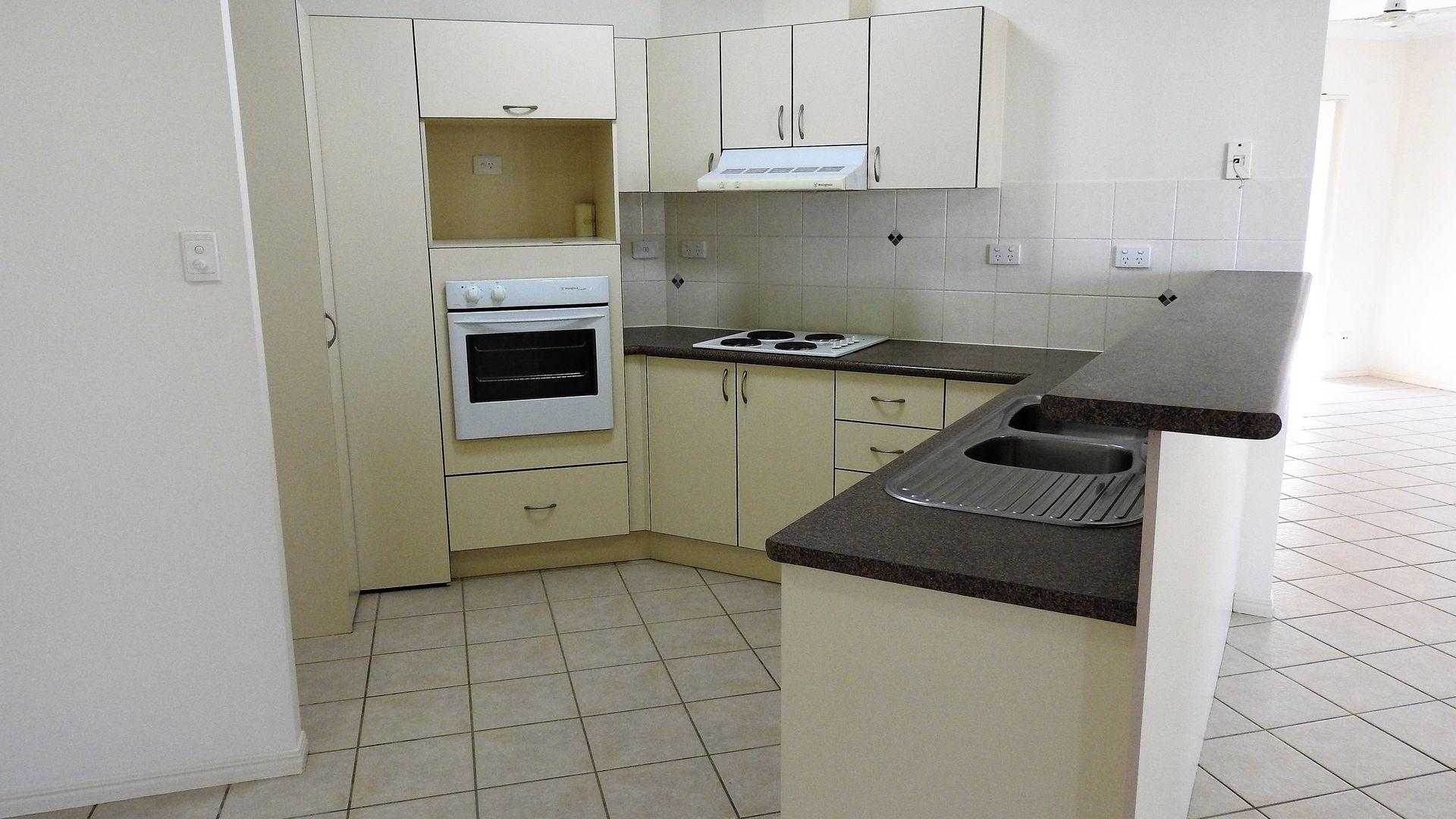 13 Jasmine Court, Kirwan QLD 4817, Image 2