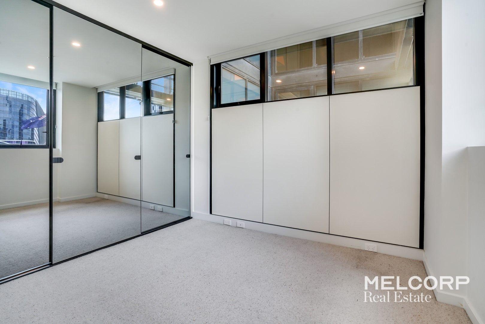 804/151 Berkeley Street, Melbourne VIC 3000, Image 2