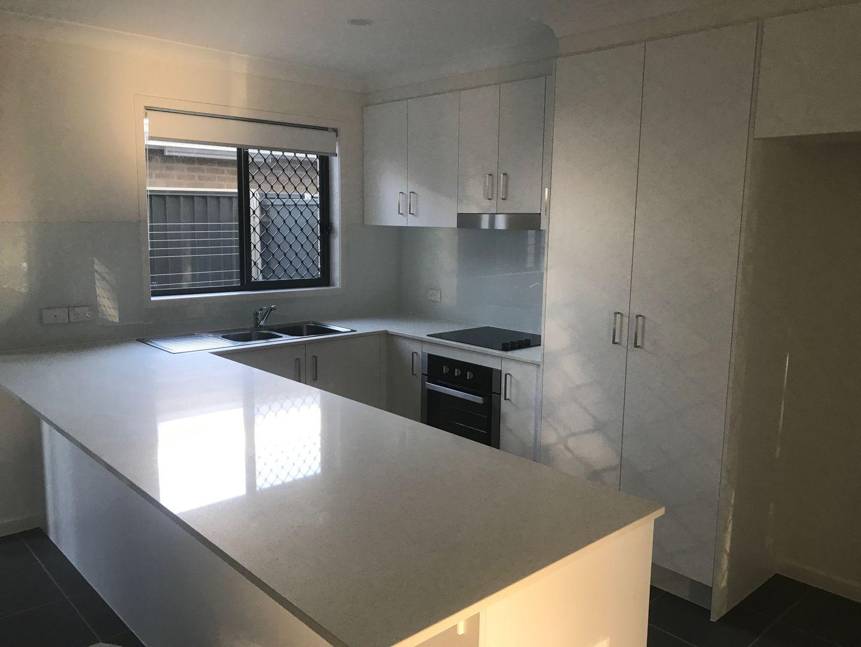 2/31 Spica Crescent, Coomera QLD 4209, Image 2