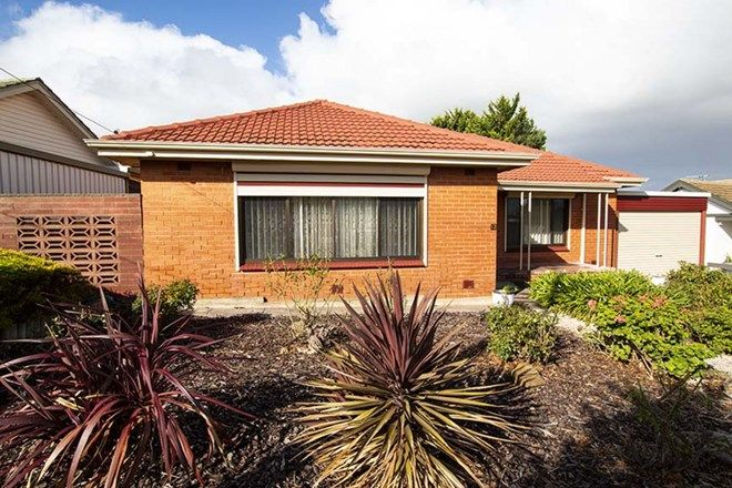 Picture of 12 Vincent Street, CHRISTIES BEACH SA 5165