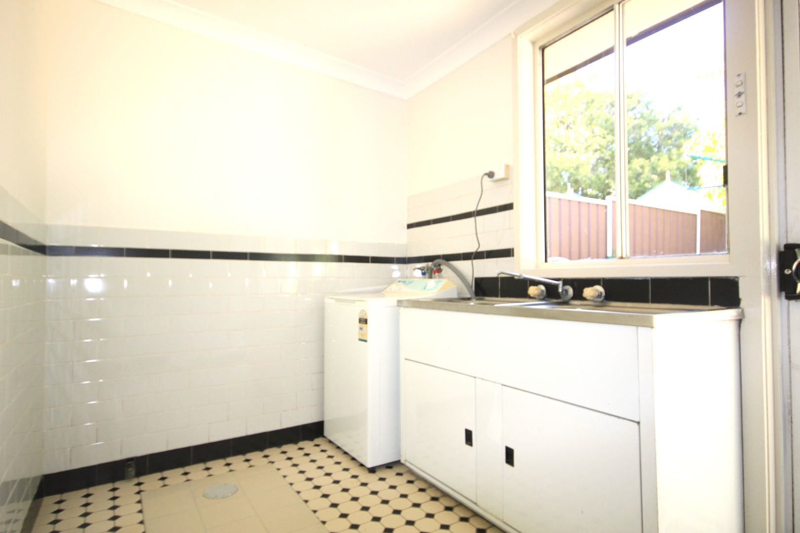 2/282 Enmore Road, Marrickville NSW 2204, Image 2