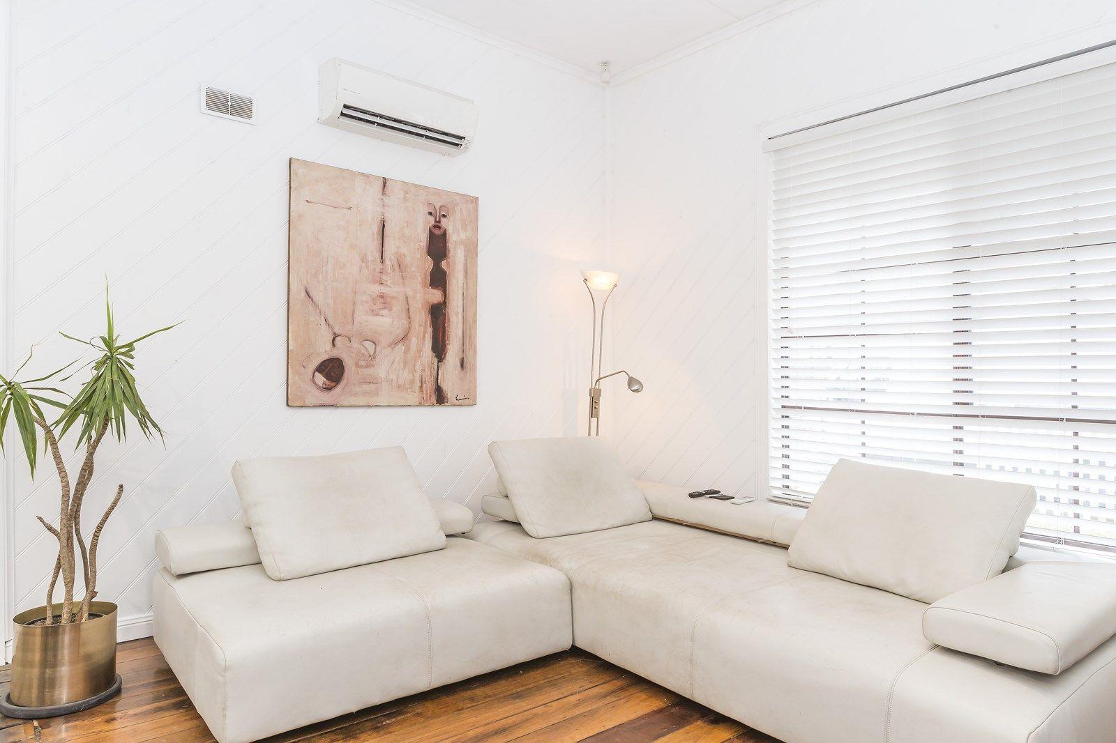 25 Omara Street, Mayfield East NSW 2304, Image 1