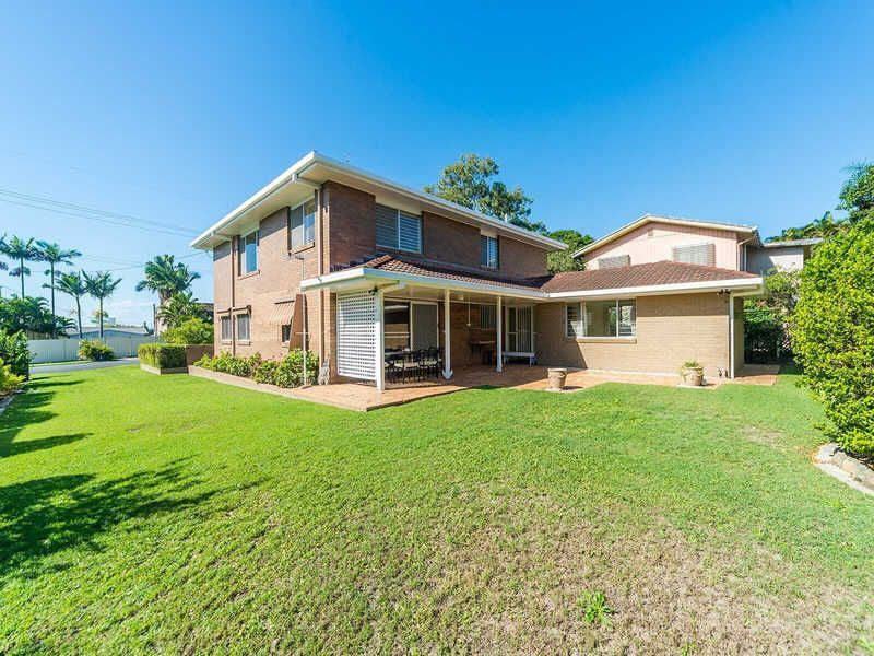 22 Ashbourne Terrace, Biggera Waters QLD 4216, Image 0