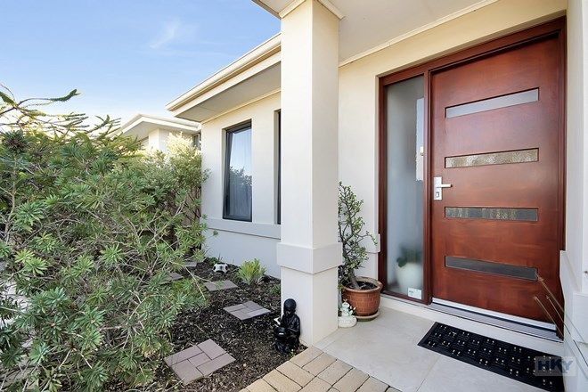 Picture of 16 Shorehaven Boulevard, ALKIMOS WA 6038