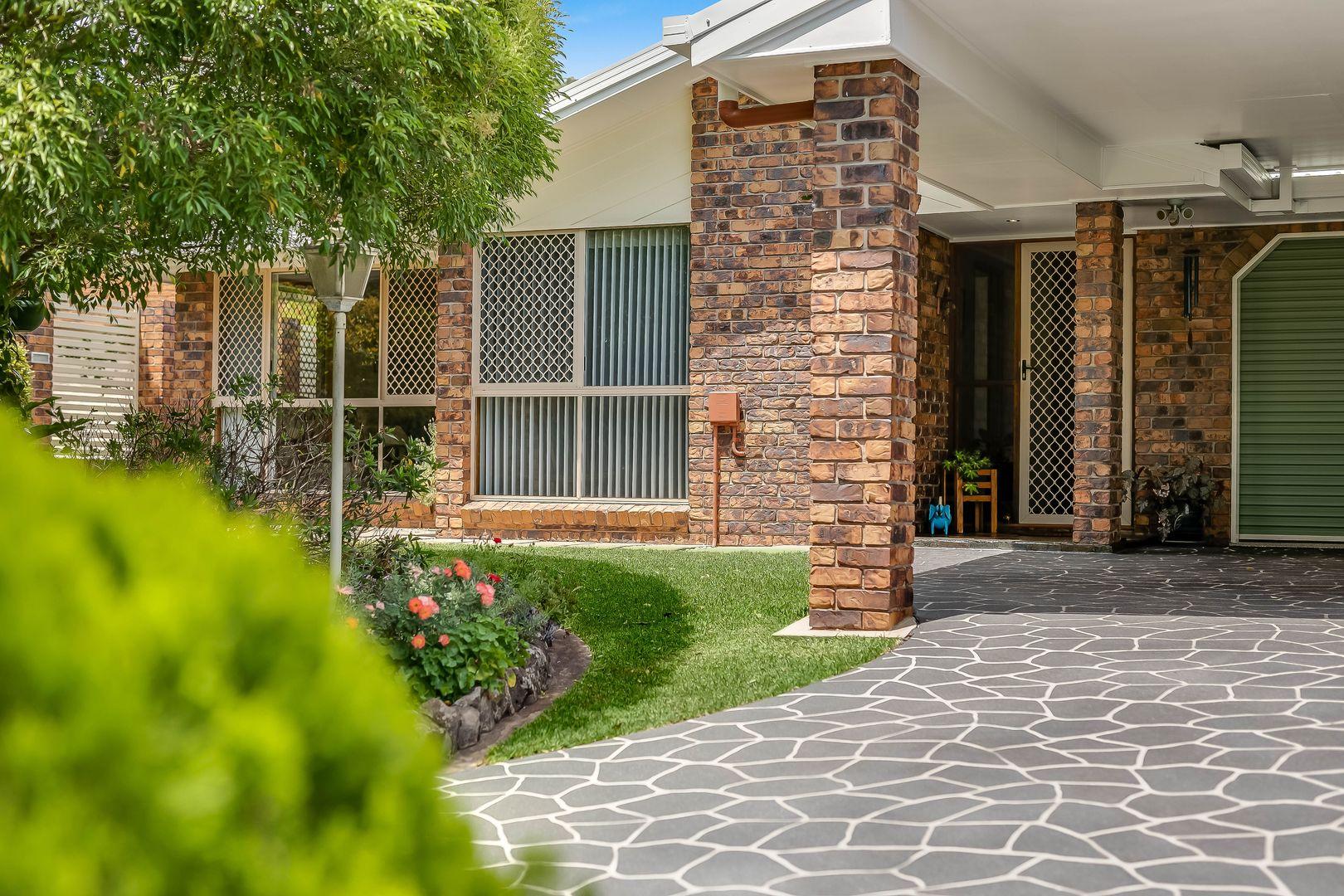 42 Harvey Street, Mount Lofty QLD 4350, Image 2