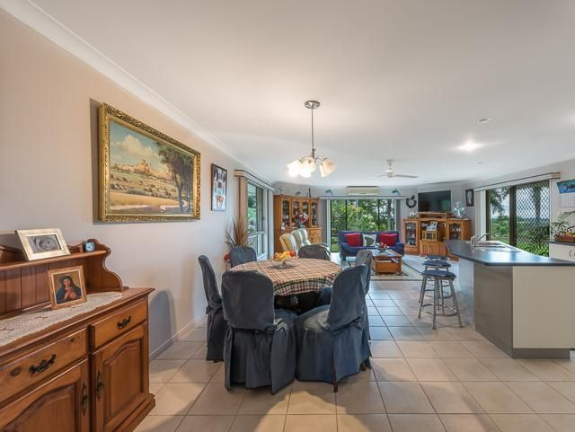 116 Cape Hillsborough Road, Ball Bay QLD 4741, Image 2