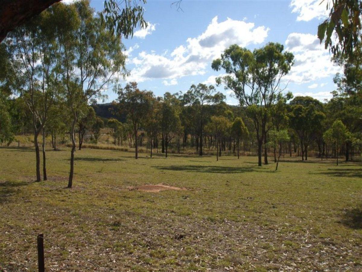 1 Cooks Road, Mount Morgan QLD 4714, Image 0