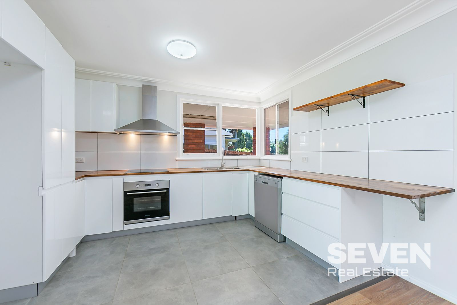 31 Annabelle Crescent, Kellyville NSW 2155, Image 1