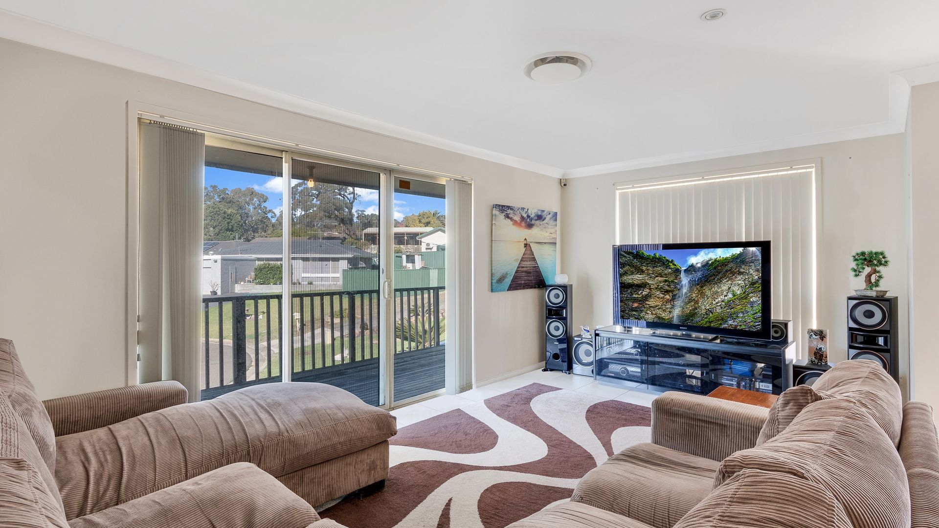 6 Nith place, St Andrews NSW 2566, Image 2
