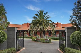 Picture of 16 Williams Road, Park Orchards VIC 3114
