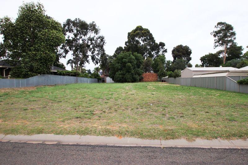 27 Kamarooka  Street, Barooga NSW 3644, Image 0