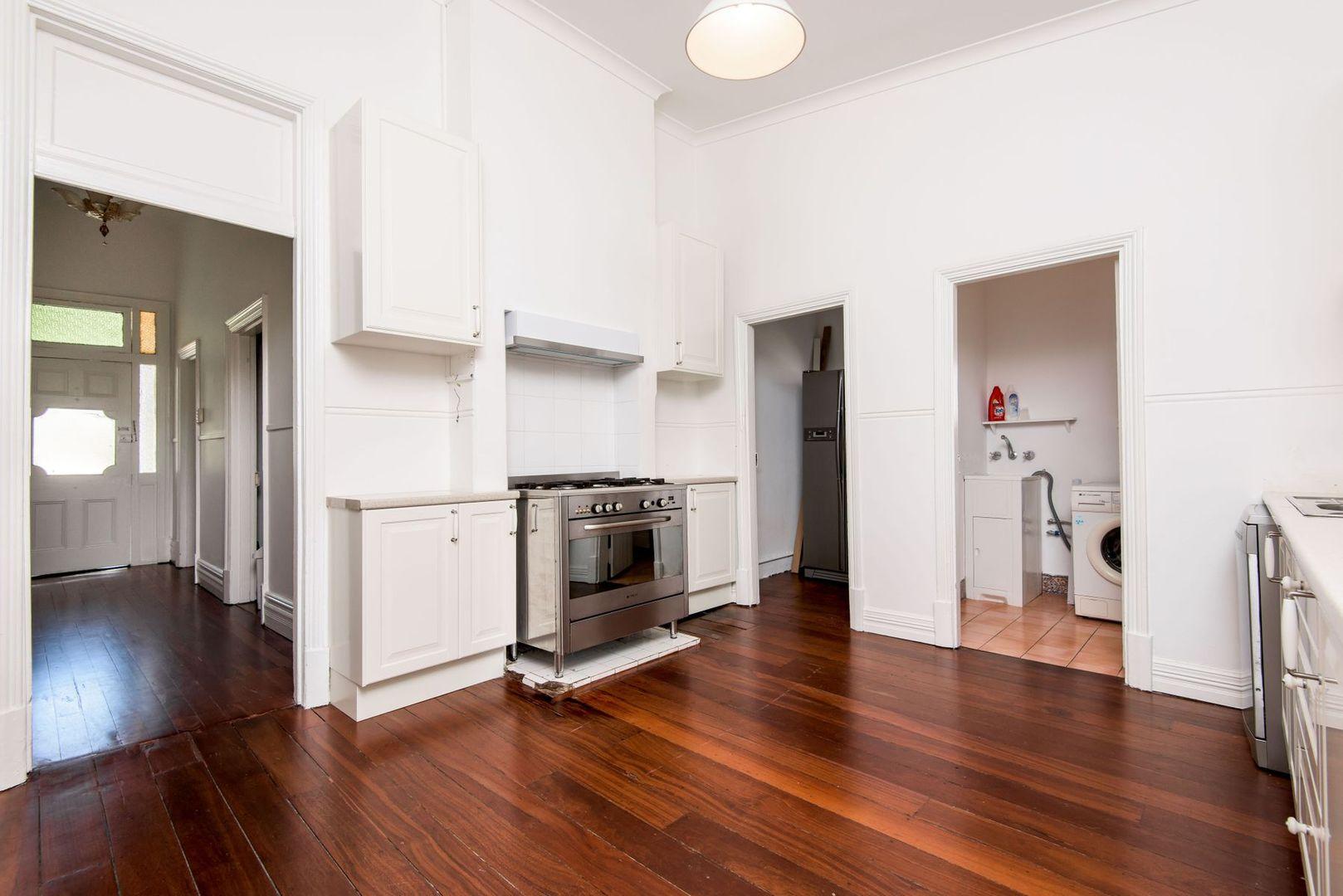 7 Lacey Street, Perth WA 6000, Image 2