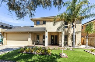 Picture of 38 Bayside Drive, Sanctuary Lakes VIC 3030
