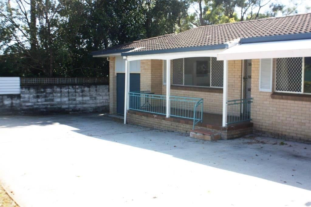 21 Kumbari Avenue, Southport QLD 4215, Image 0