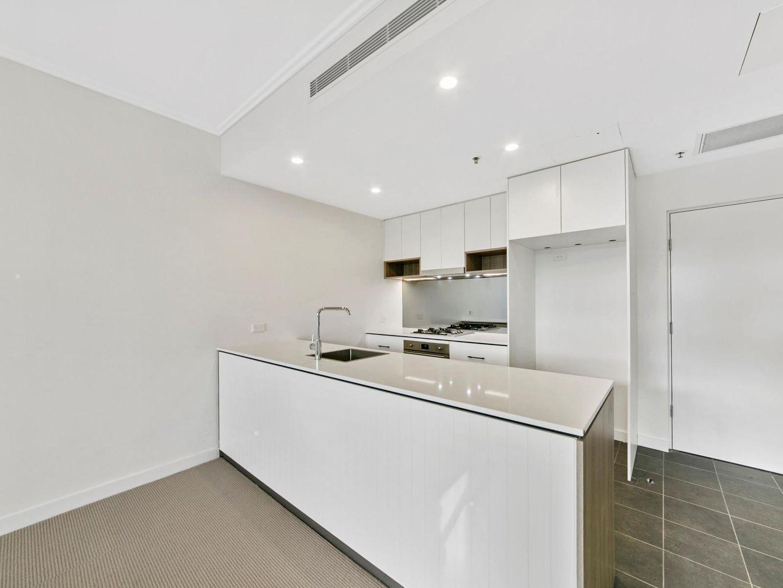 412/10 Grassland Street, Rouse Hill NSW 2155, Image 2