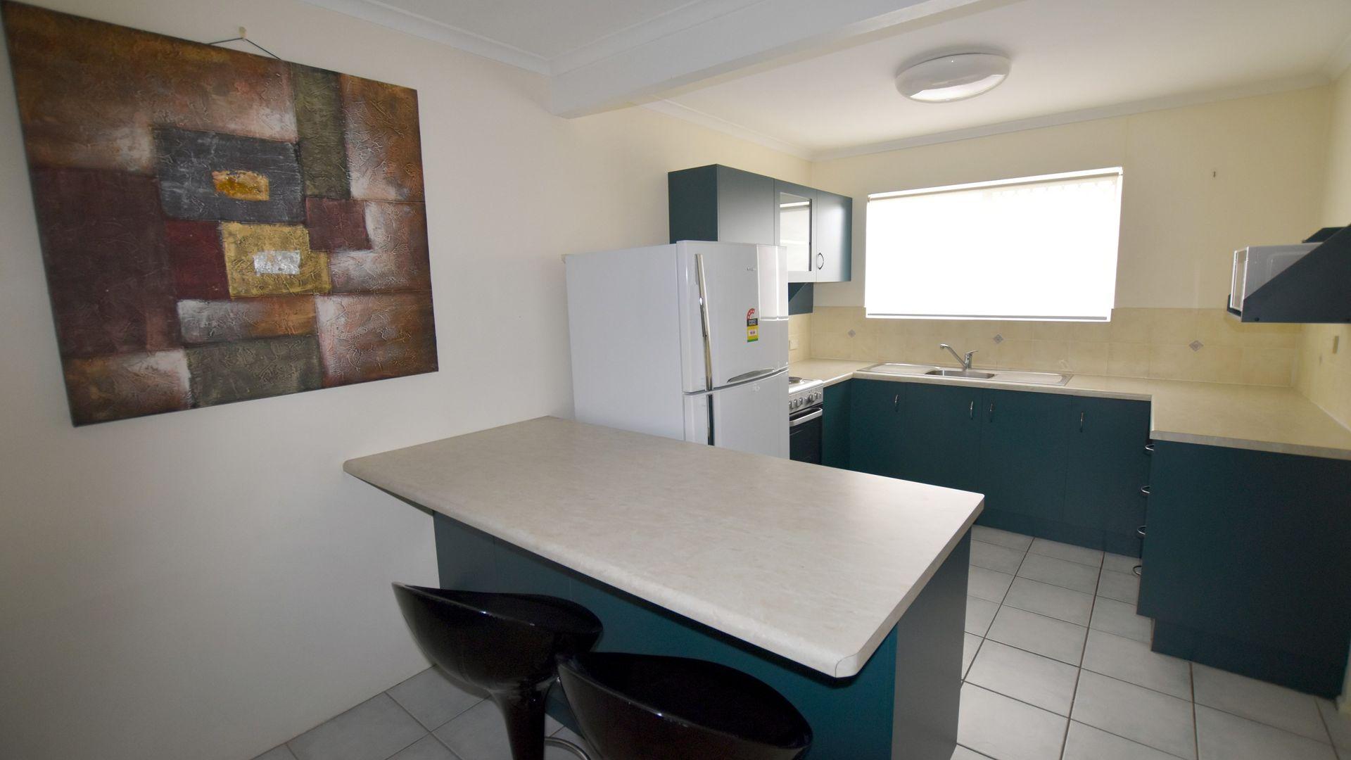 3/4 Lamington Drive, South Gladstone QLD 4680, Image 2