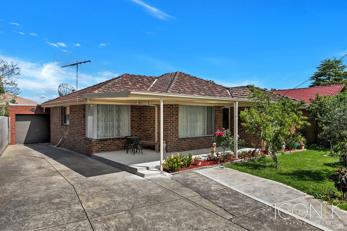 2 Winterton Close, Epping VIC 3076, Image 0