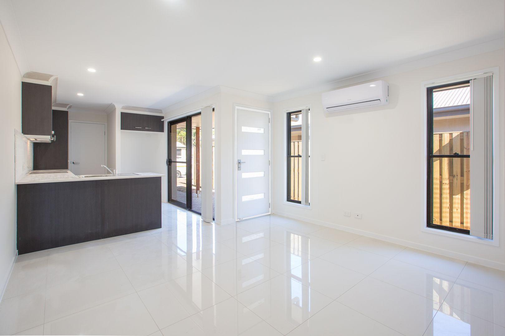 2/6 Miamax Place, Logan Reserve QLD 4133, Image 2