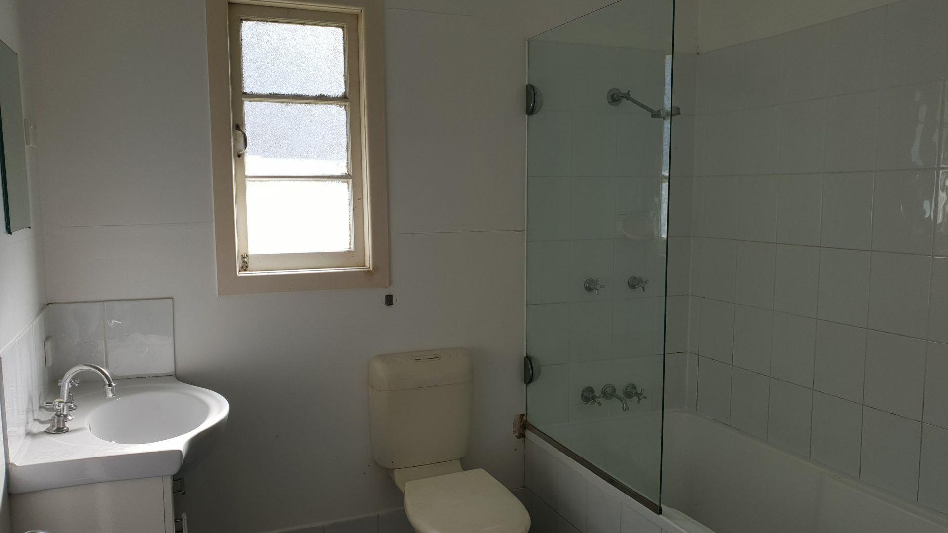 22 Tingarra  St, Macleay Island QLD 4184, Image 1