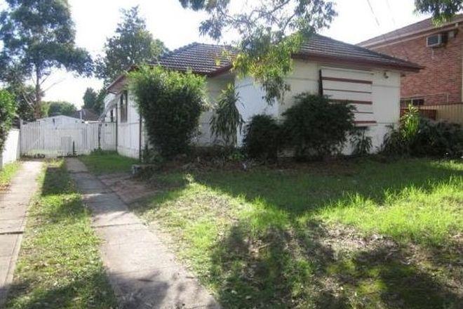 Picture of 33 Neerini Street, SMITHFIELD NSW 2164
