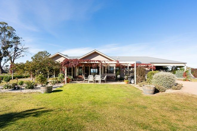 Picture of 31 Gaaschs Road, HARCOURT VIC 3453