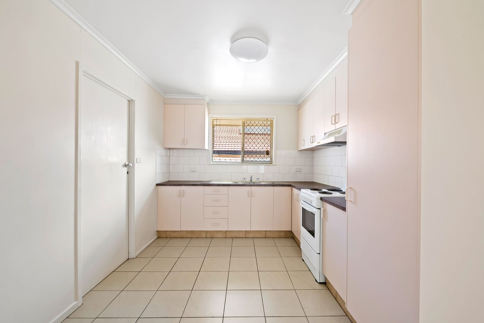 1/24a Grey Street, South Toowoomba QLD 4350, Image 2