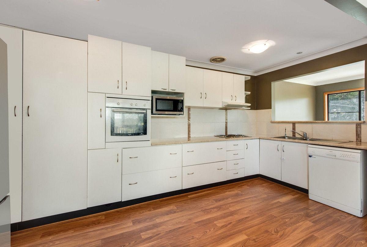 20 Lakala Avenue, Springfield NSW 2250, Image 2
