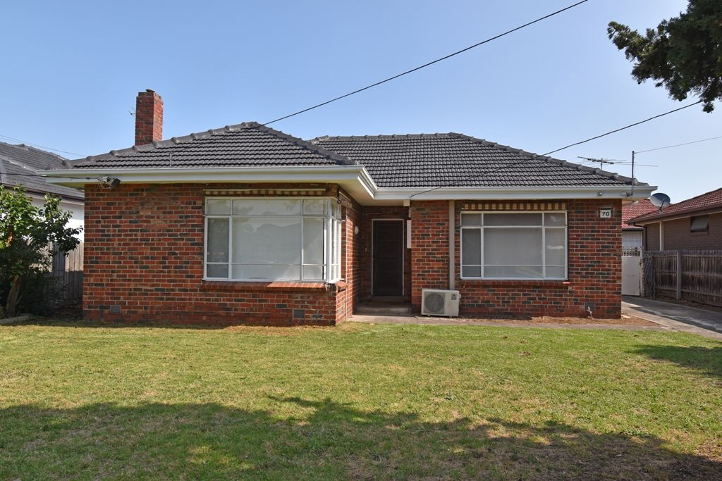 70 Oakleigh Road, Carnegie VIC 3163, Image 0