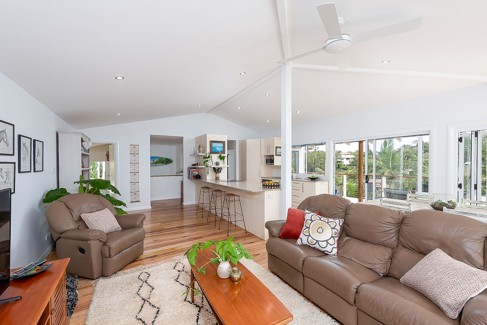 3 Boorala Court, Tugun QLD 4224, Image 2