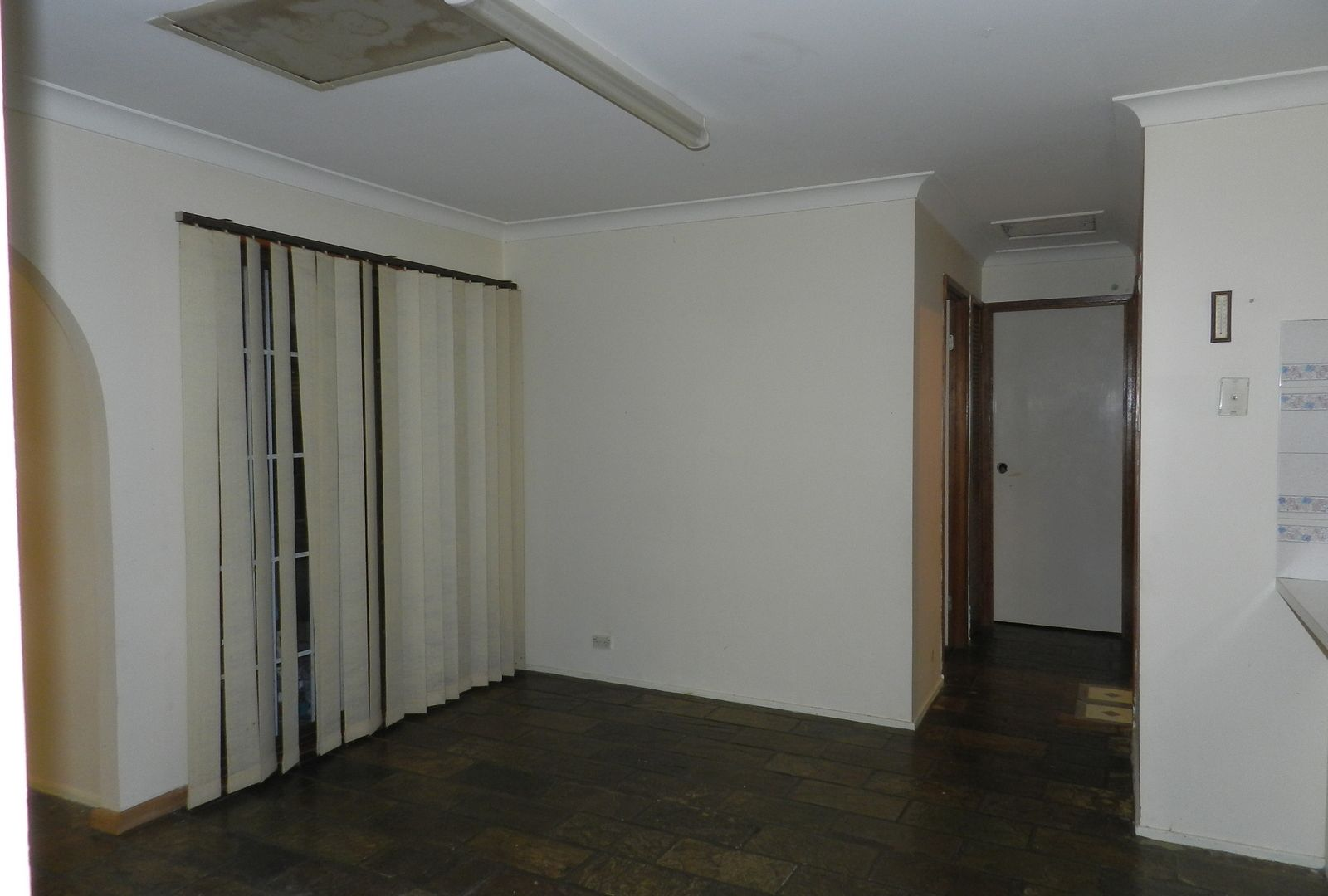 23 Corinda St, St Johns Park NSW 2176, Image 2