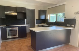 Picture of 1 4 PROSPECT PLACE, Rainbow Beach QLD 4581