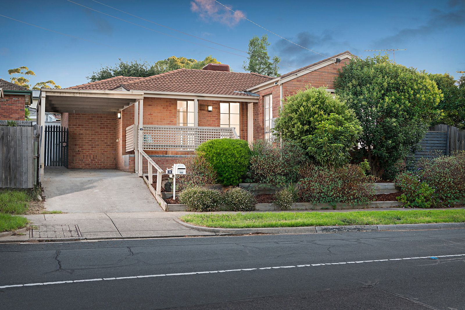 24 Broad Street, Greensborough VIC 3088, Image 0