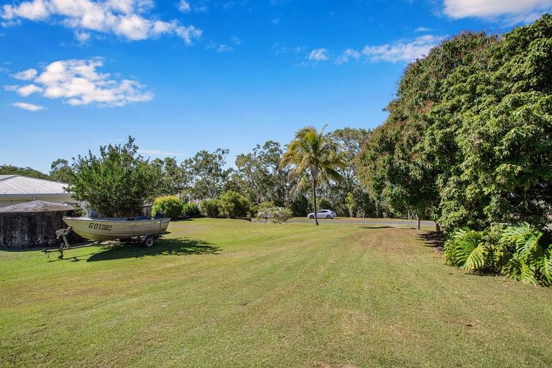 3 Repulse Esplanade, St Helens Beach QLD 4798, Image 2
