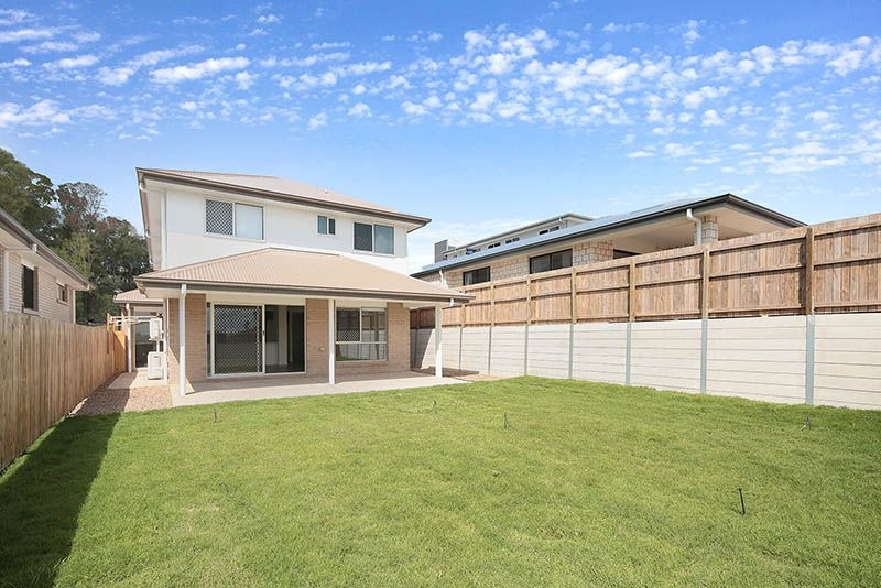25 Silvertop Crescent, Springfield Lakes QLD 4300, Image 2