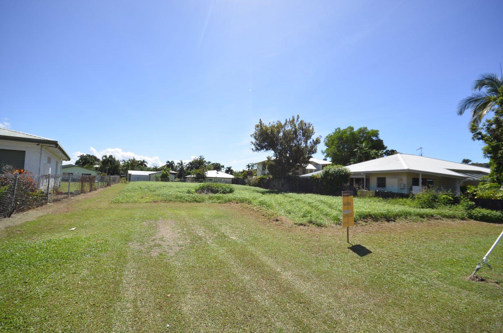 13 Bow Street, Mossman QLD 4873, Image 0