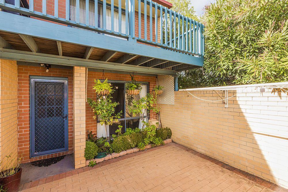 3/111 Uriarra Road, Crestwood NSW 2620, Image 1