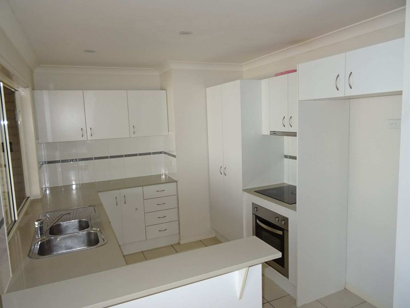87 McCorry Dr, Collingwood Park QLD 4301, Image 2