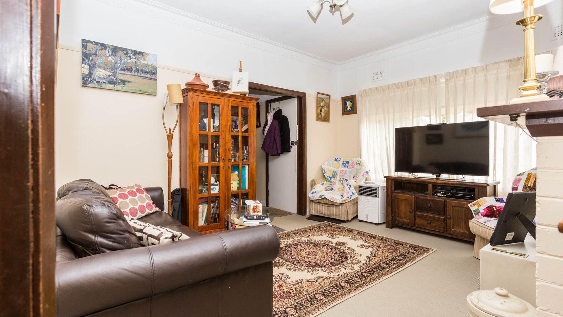 26 Tobruk Crescent, Orange NSW 2800, Image 1